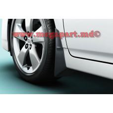 Брызговики передние Toyota Prius 2009-2015